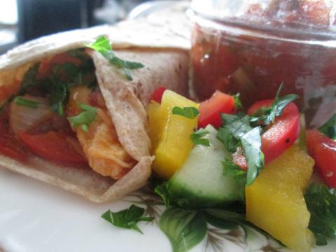 Chicken Fajitas Salsa and Salad