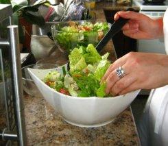 Chicken-salad-tossing