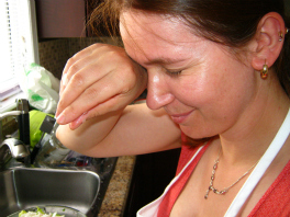 Monika Fraczek crying over onions, not Chef!