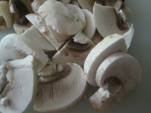 Sliced-Mushrooms for Chicken Cordon Bleu