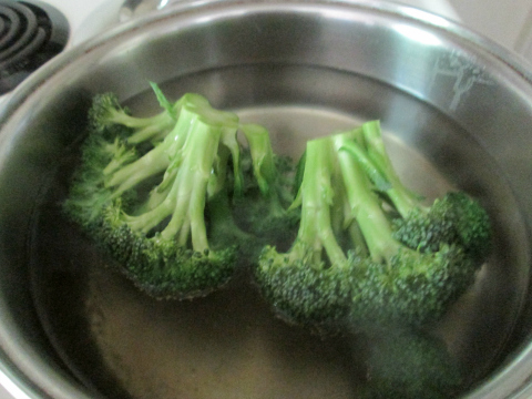 Soaking Broccolis