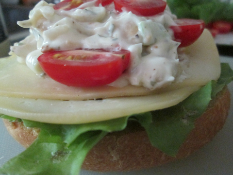 Tomato and Chicken Salad on Bread